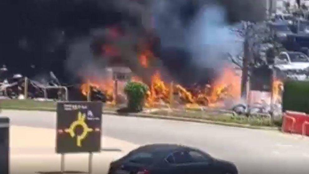Espectacular incendio en el aeropuerto de El Prat: 30 motos calcinadas