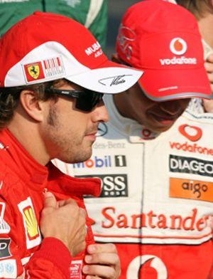 Hamilton compara a Fernando Alonso con Alain Prost y se identifica con Senna