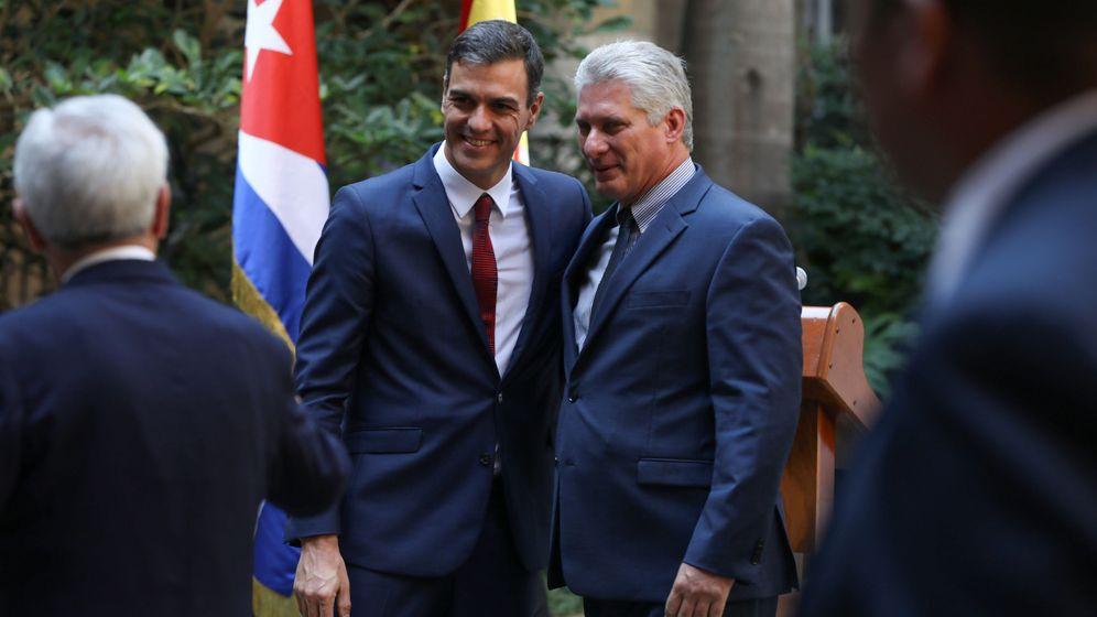 Foto: Díaz-Canel recibe a Sánchez. (Reuters)