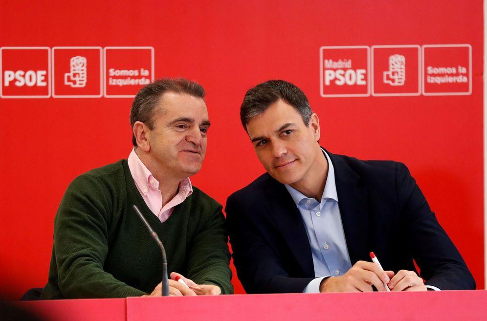 Foto: Pedro Sánchez y José Manuel Franco, el pasado 9 de abril en Coslada. (EFE)