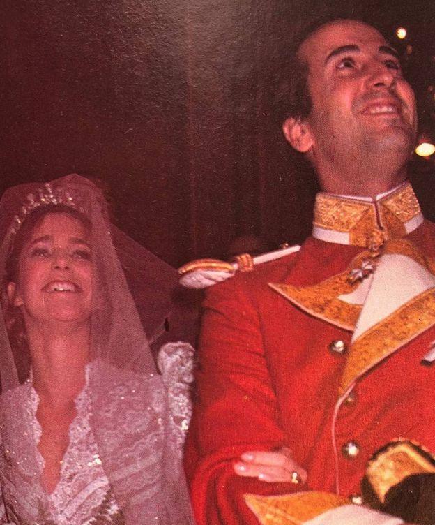 Foto:  Los novios, en la boda celebrada en 1981.