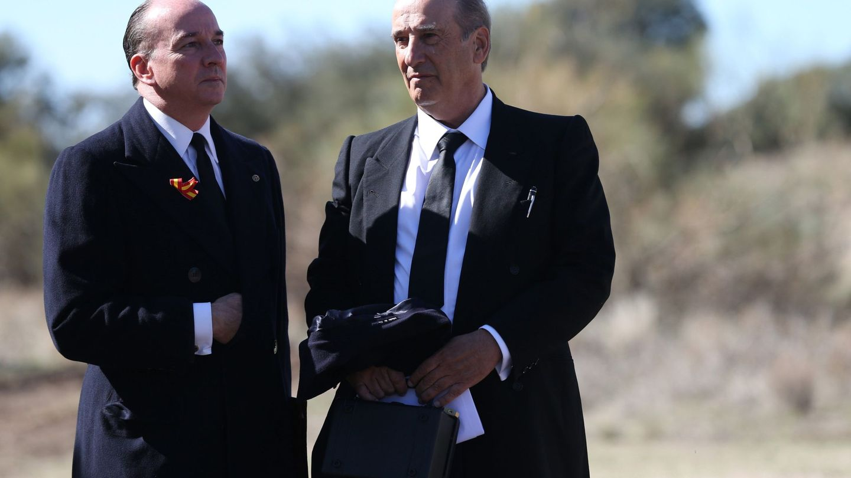 Francis Franco, junto a Utrera-Molina el día de la exhumación de Francisco Franco. (EFE)