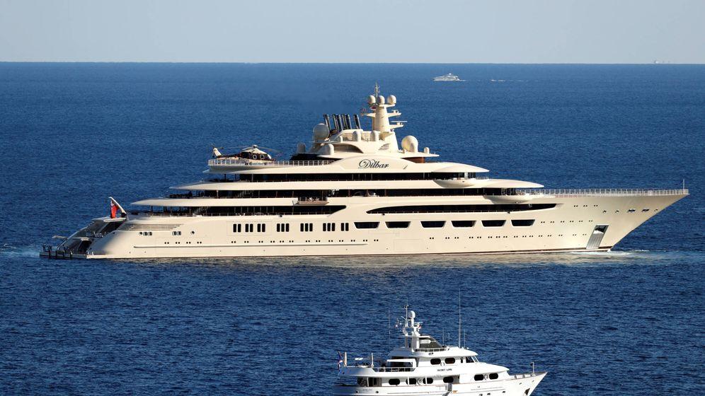 Foto: El Dilbar de Alisher Usmanov es actualmente el cuarto más grande del mundo. (Reuters/Eric Gaillard)