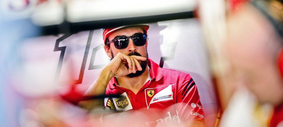 Foto: 'El pequeño Alonso' tiene seis años, vive en Abu Dabi y es fan incondicional de Ferrari