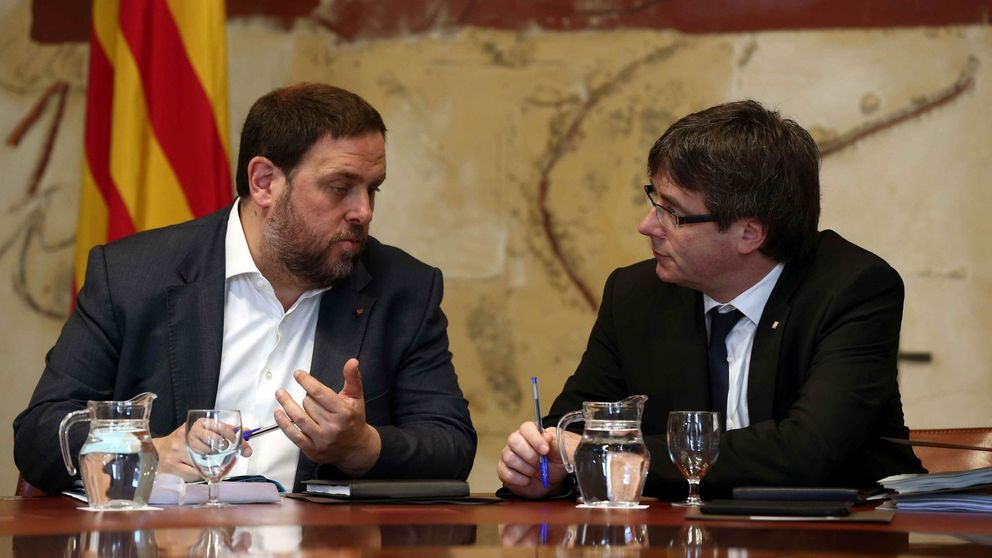 Puigdemont y JxSí se reúnen en el Parlament tras el 'no' de la CUP a los Presupuestos