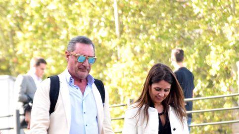 La romántica despedida entre Carlos Herrera y su novia, Cristina Díaz