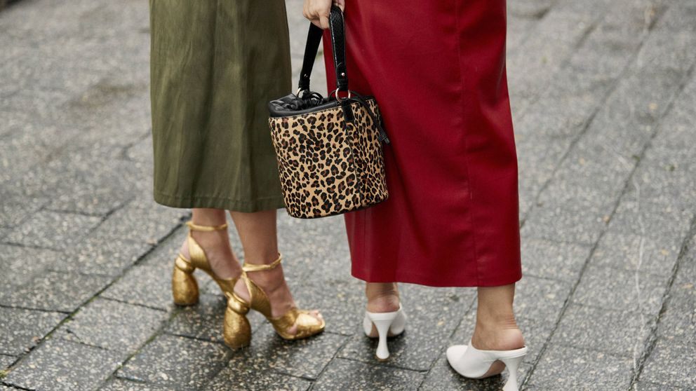 Estos son los zapatos de color neutro que necesitas para ir de boda en boda