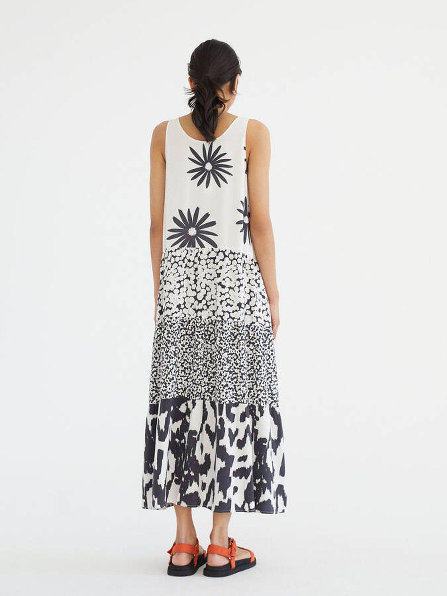 Vestido estampado de Parfois ideal para el verano. (Cortesía)