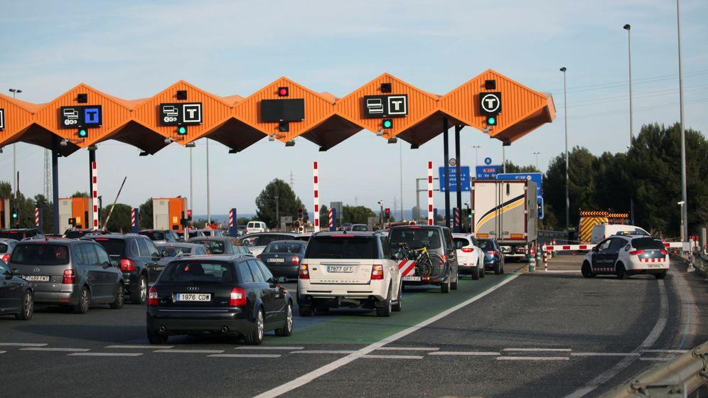 Foto: Autopista AP-7 a la altura de El Vendrell, en Tarragona. (EFE)