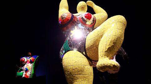 Exposición sobre anatomía en San Sebastián y luces en Suiza: el día en fotos