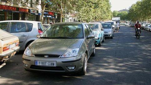¿Puedo recurrir una multa de aparcamiento en doble fila?