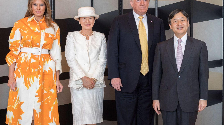 Los emperadores de Japón, con el matrimonio Trump. (EFE)