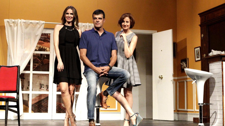 Vanesa Romero y Esperanza Felipe, en la obra 'El clan de las divorciadas'. (EFE)
