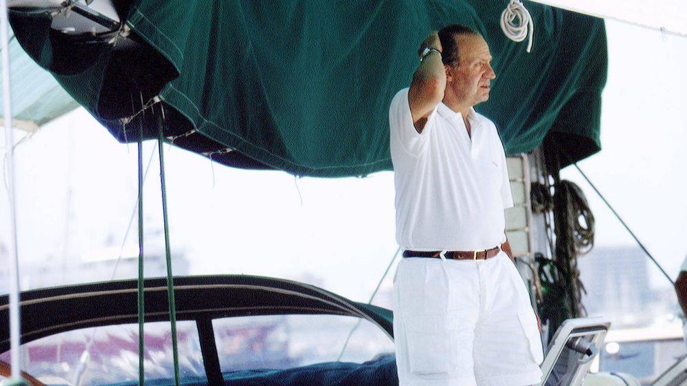 Foto: Juan Carlos, en el Bribón IX en una imagen de 1994. (Getty)
