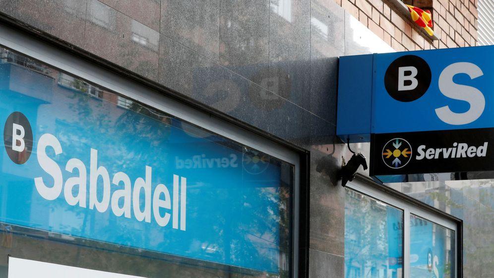 Foto: Banco Sabadell vende una cartera de activos 'tóxicos' a Cerberus valorada en 342 millones