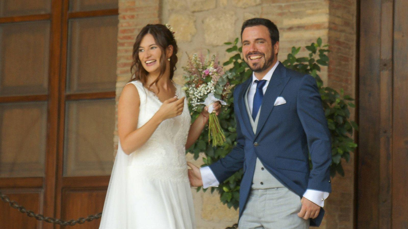 Foto: Alberto Garzón y Anna Ruiz durante la boda. (Gtres)