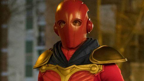 Netflix desvela el traje de Titán, el superhéroe de su nueva serie española