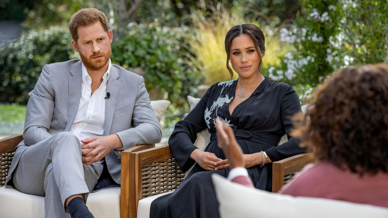 Harry y Meghan, durante su entrevista con Oprah. (Reuters)