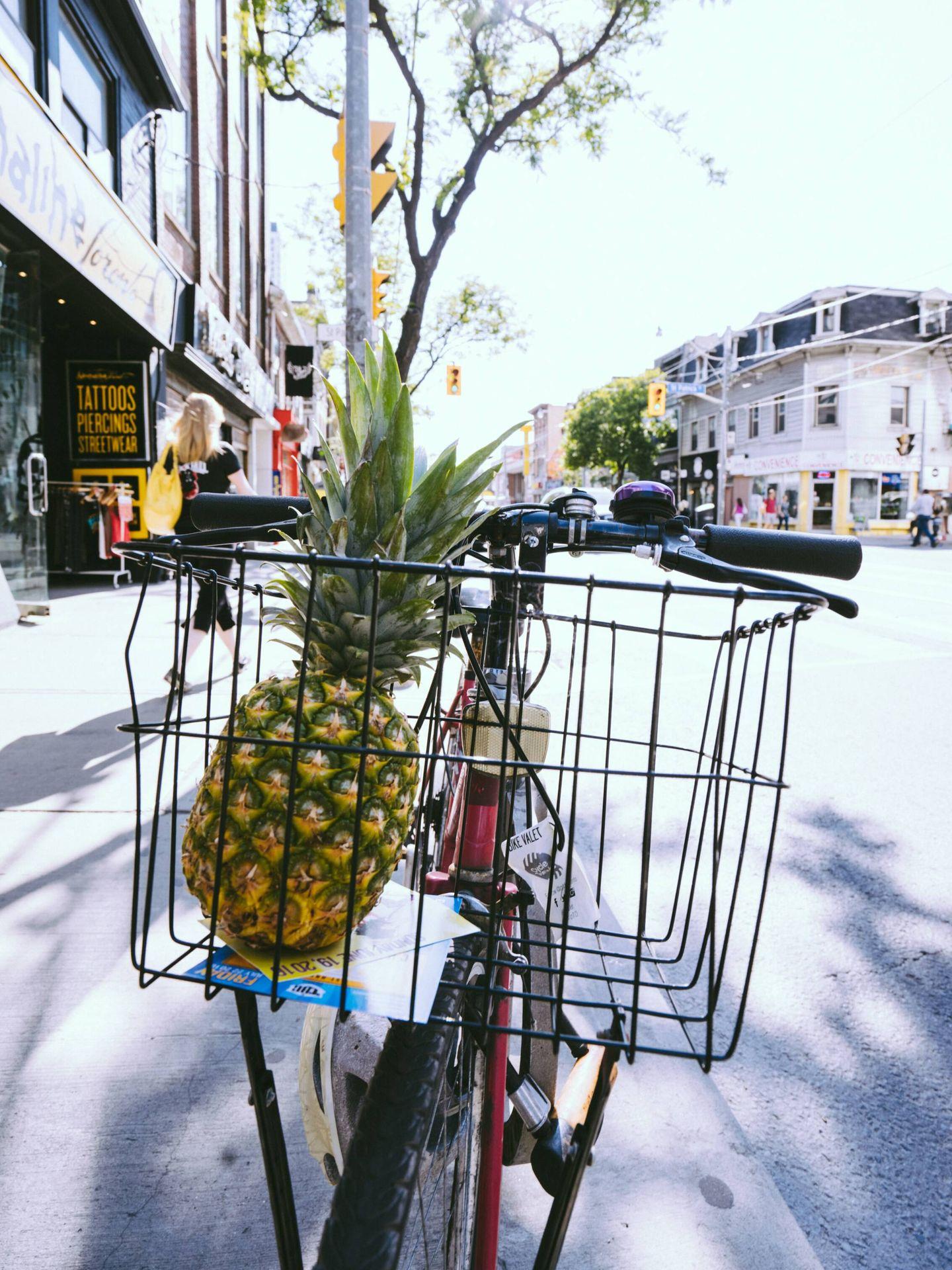 Consejos y trucos para hacer la compra cuando quieres adelgazar. (Pineapple Supply Co. para Unsplash)