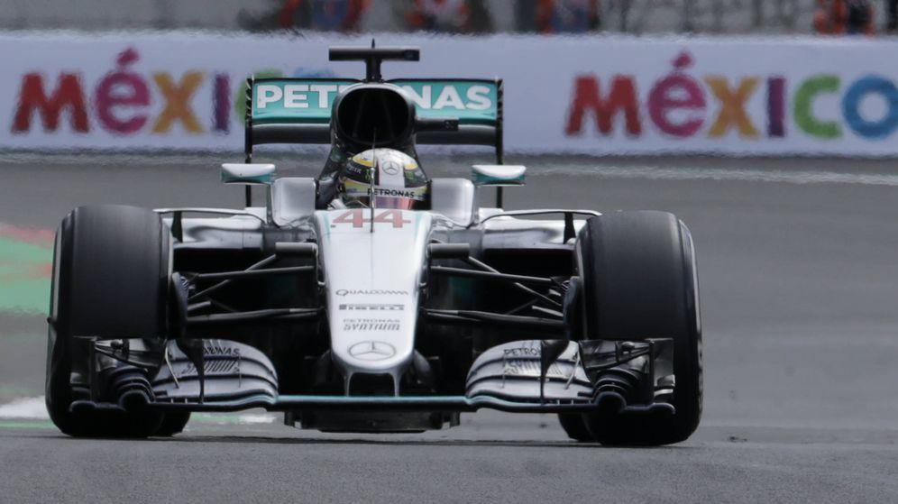 Foto: Lewis Hamilton rodando en el GP de México.