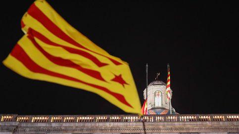 La Fiscalía y los Mossos investigan la retirada de la bandera española de Generalitat