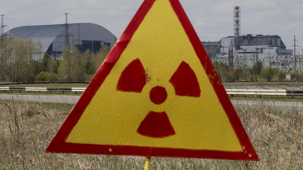 El enorme sarcófago que cubrirá Chernóbil treinta años después