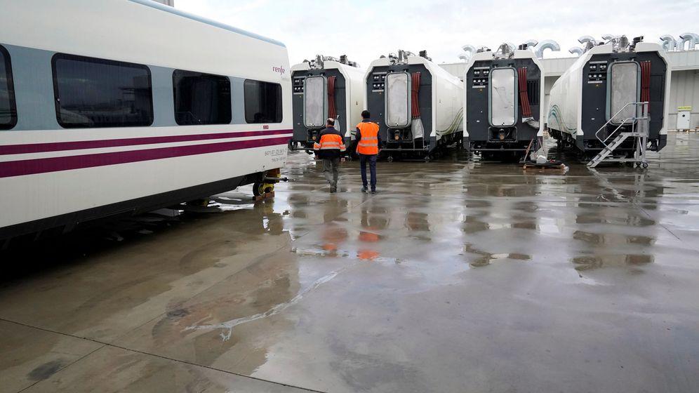 Foto: Vagones en la fábrica de Talgo (Reuters)
