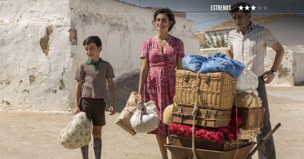 Foto: Asier Flores, Penélope Cruz y Raúl Arévalo son la familia Mallo. (Sony)