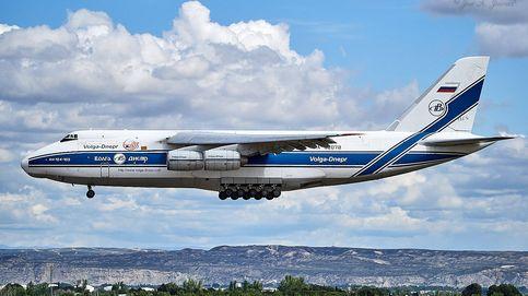 Un Antonov 124 estrena la ruta rusa con 65 toneladas de material sanitario para Valencia