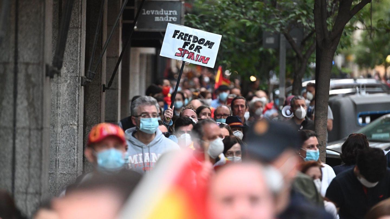 Protestas en la calle Núñez de Balboa, el pasado domingo. (EFE)