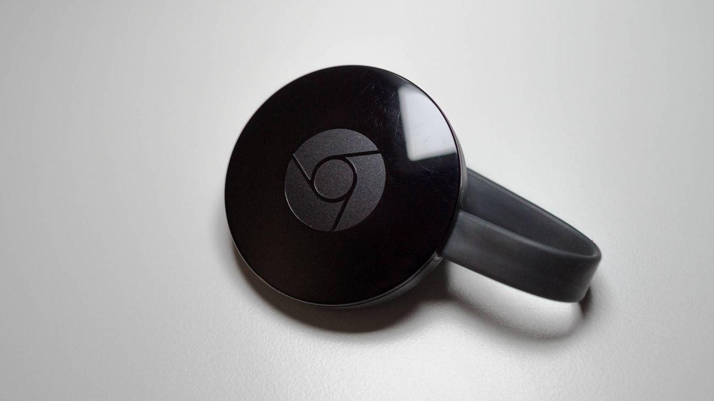 El Chromecast es uno de los 'gadgets' más populares para mandar contenido a tu televisor. (Daniel Aleksandersen)