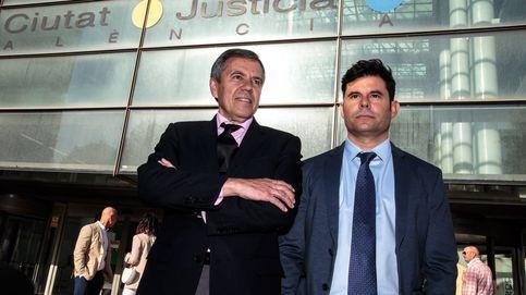 Julio Iglesias toma aire: el juez suspende el juicio de paternidad (y es buena señal)