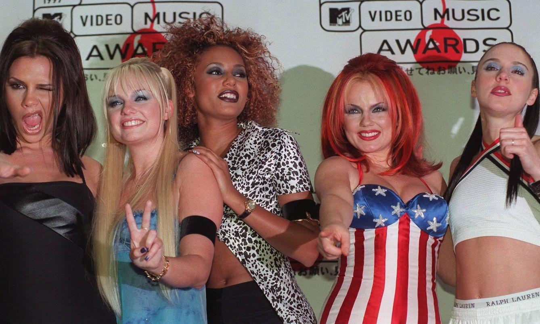 Foto: Las Spice Girls en 1997 (Gtres)