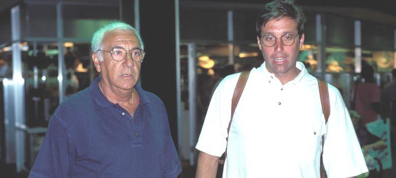 Foto: Emilio Aragón 'Miliki' y su hijo en los años 90. (I.C.)