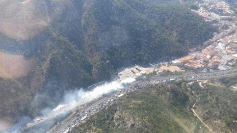Reabierta la circulación en la AP-7 tras el incendio en La Jonquera