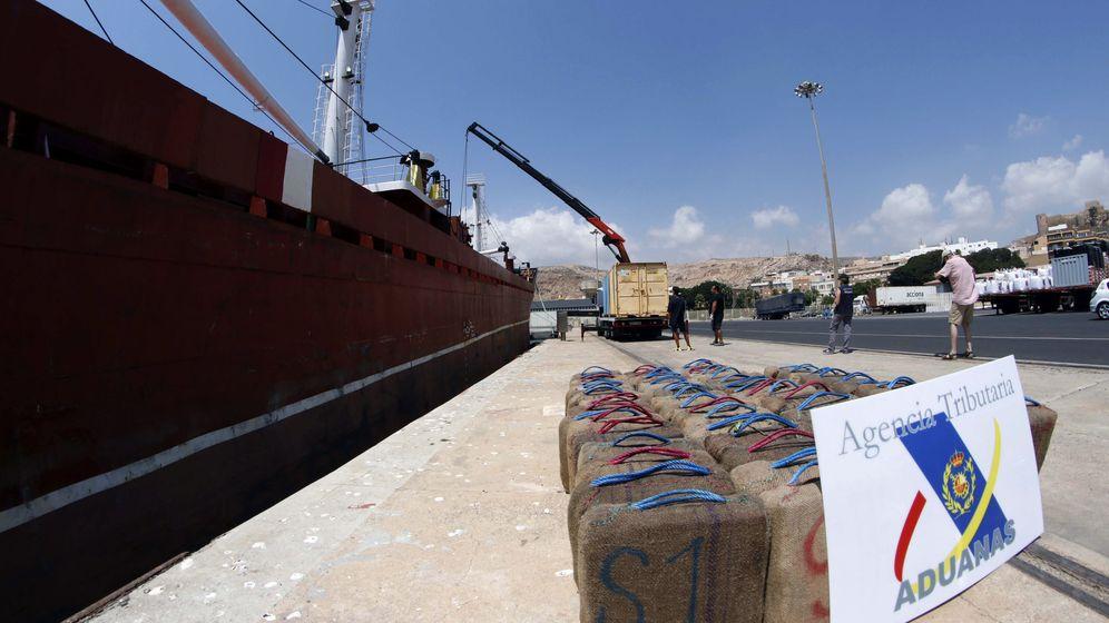 Foto: Una operación del Servicio de Vigilancia Aduanera (EFE).