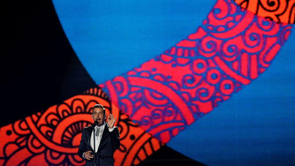 Foto: El representante de Italia, Francesco Gabbani, en una actuación durante la primera semifinal. (Reuters)