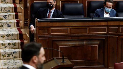 Sánchez acusa a Abascal de querer la España tenebrosa y el camino del odio