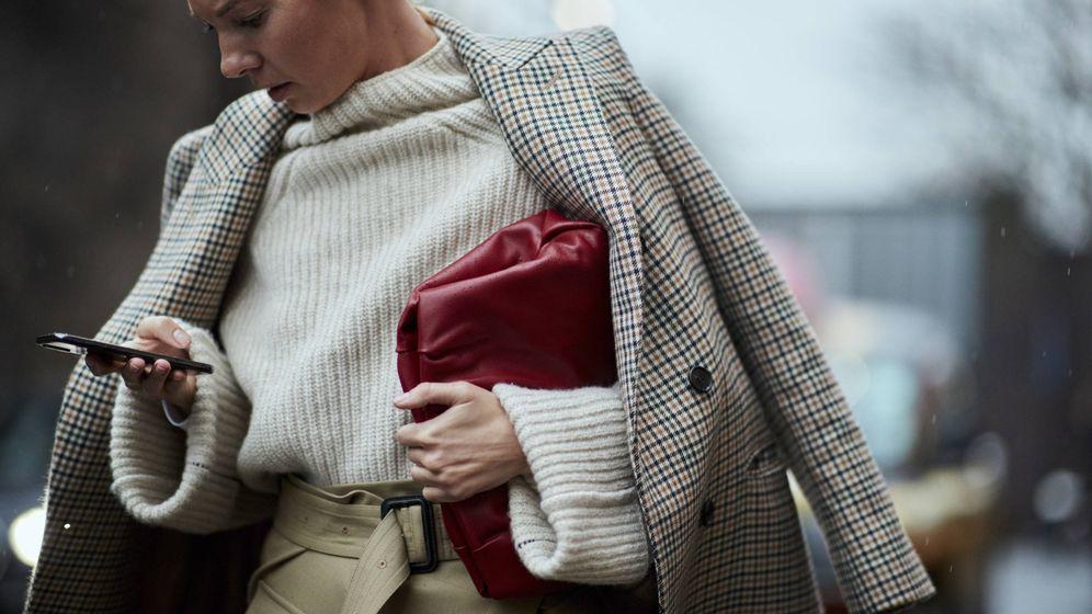 Foto: Elegante con prendas básicas, es la clave. (Imaxtree)