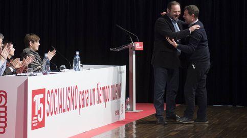 El PSOE celebra la decisión del TC y avisa a Puigdemont: debe rendir cuentas ante el juez