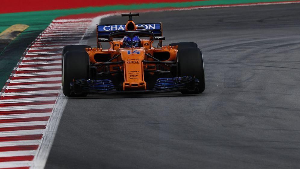 Foto: Fernando Alonso, este domingo, durante el GP de España. (EFE)