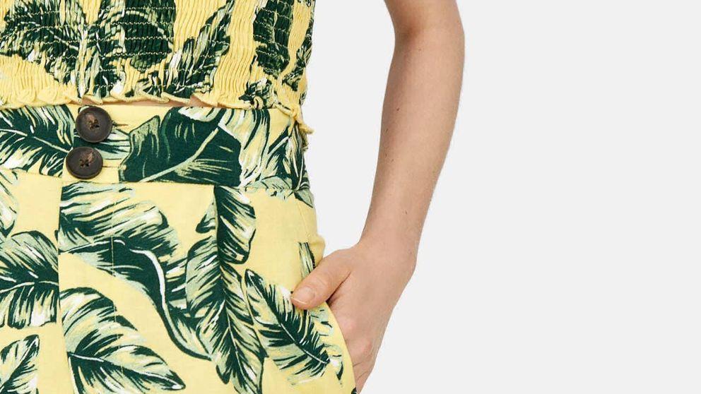 El pantalón crop 'new in' de Stradivarius ideal para mujeres con curvas