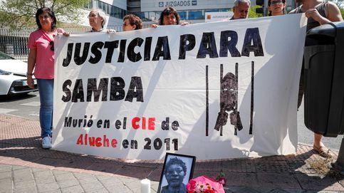 Juzgan a un médico por la muerte de una migrante en un CIE: Creía que tenía gripe