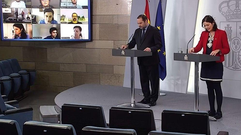 Foto: Rueda de prensa de los ministros Ábalos y Maroto