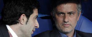 Mourinho quiere tener a Figo a su lado en el Real Madrid