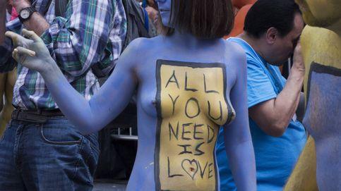 'Body notes' o cómo desnudarte en Times Square para expresar positividad y aceptación