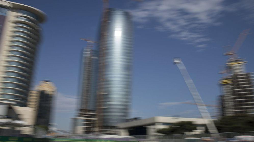 Foto: Entrenamiento en Bakú, donde se corre el GP de Fórmula este fin de semana | EFE
