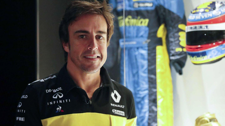 Fernando Alonso luciendo los colores de Renault. (EFE)