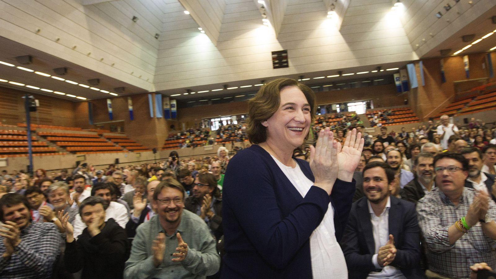 Foto: Ada Colau en un acto días antes de dar a luz en Barcelona. (EFE)