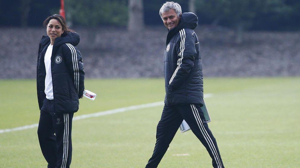 Foto: Eva Carneiro y José Mourinho (Reuters)